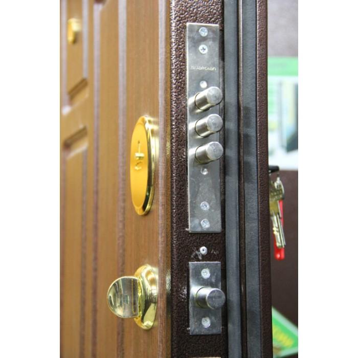 Металлическая дверь с двойным контуром уплотнения